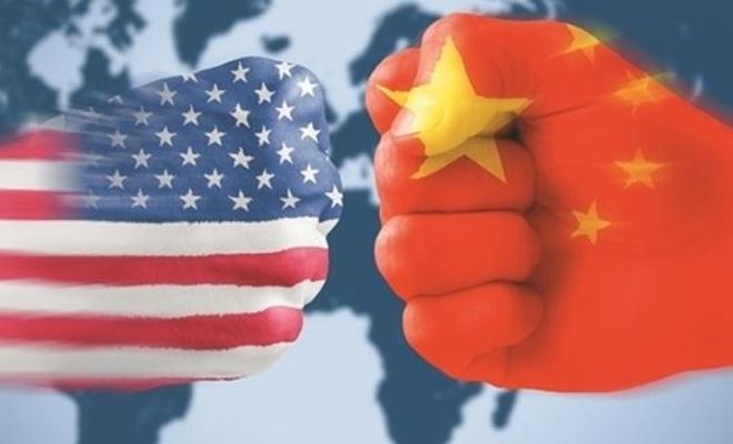 ABD'de Çin mallarına ek vergi kararını erteledi