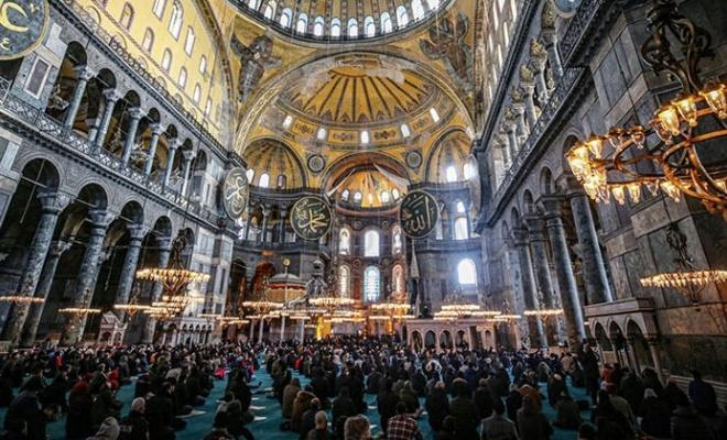 Ayasofya Camii'ni kaç kişi ziyaret etti? Açıklandı