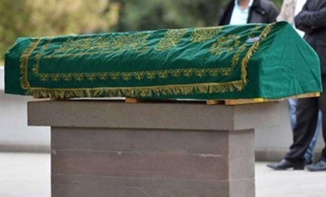 Kazada hayatını kaybeden aynı aileden 5 kişinin cenazesi defnedildi