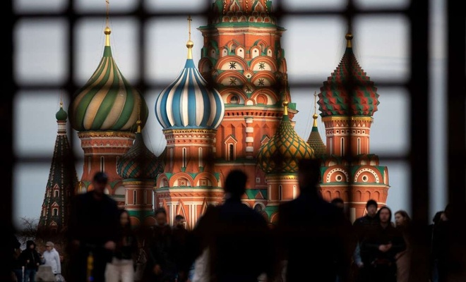 Rusya'nın başkenti Moskova'da Covid-19 önlemleri gevşetiliyor