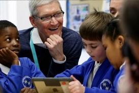 Apple`ın patronundan sosyal medya uyarısı!