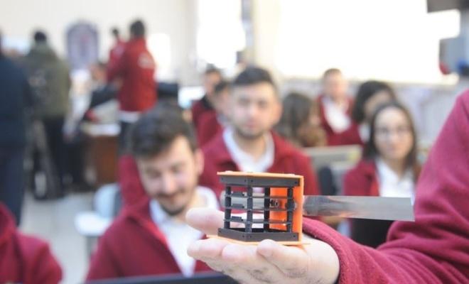 Türkiye'nin ilk cep uydusu