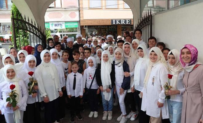Diyanet İşleri Başkanı Erbaş Makedonya'da Gostivarlılarla buluştu
