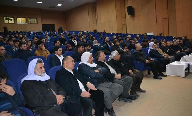 """İDEV'den """"Bilinçli bir toplumun inşası"""" semineri"""