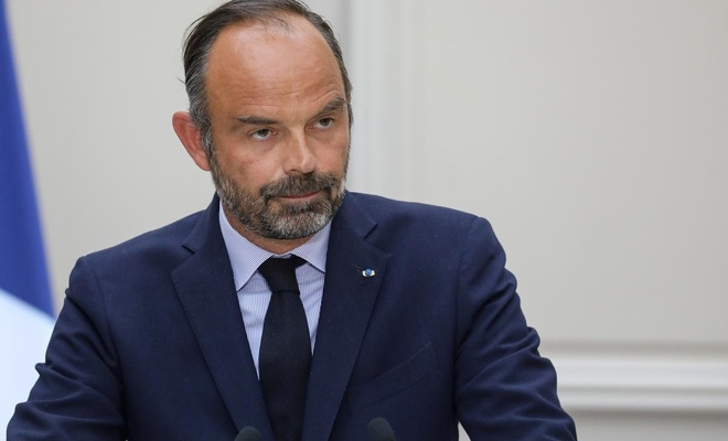 Fransa Başbakanı: Bu mücadele uzun sürecek