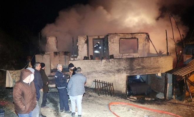 Çıkan yangında 3 çocuk hayatını kaybetti