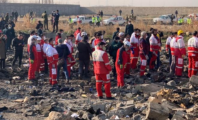 İran'da yolcu uçağı düştü! Sağ kurtulan olmadı!