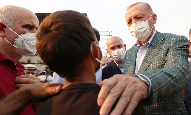 Erdoğan,  yangından etkilenen vatandaşlarla bir araya geldi