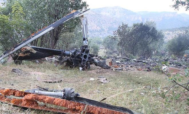 Afganistan'da ABD helikopteri düştü! Ölüler var