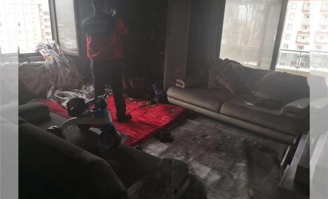 Şanlıurfa'da evde çıkan yangında anne ölürken çocuğu da yaralandı
