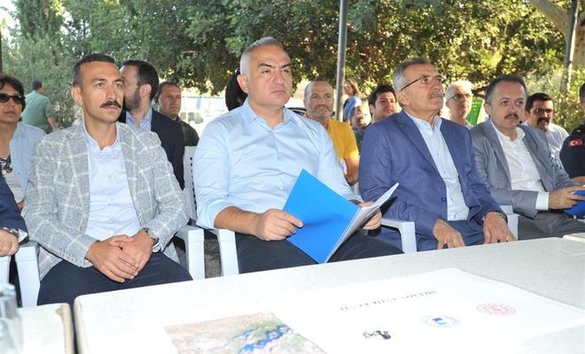 Bakan Ersoy: 52 milyon turist hedefimizi yakalayacağız