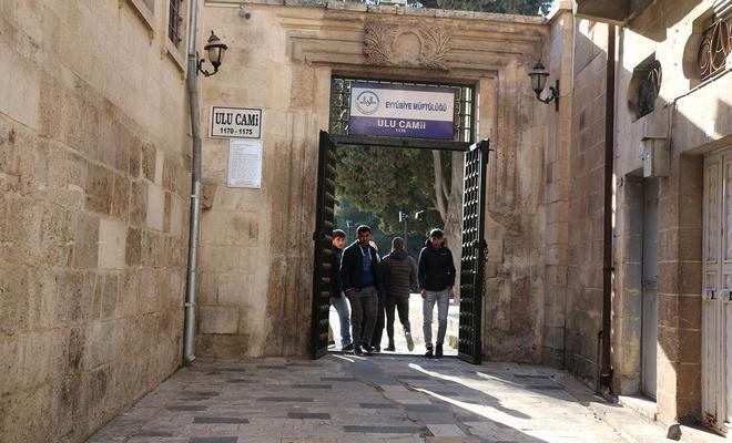 Ulu Camii bahçesinde yaşanan ahlaksızlıklara halk tepki gösterdi