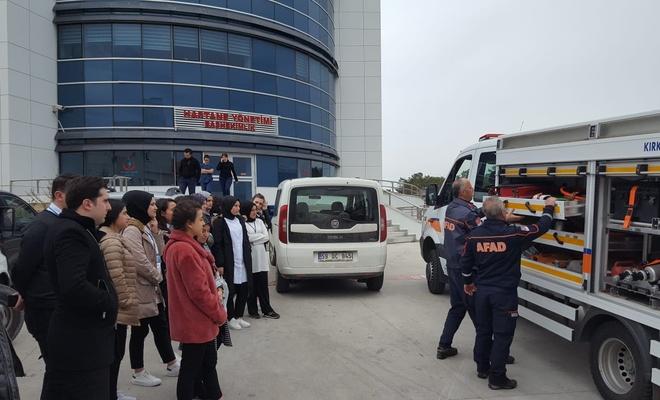 Kırıkkale'deki iki trafik kazasında 5'i çocuk 7 kişi yaralandı