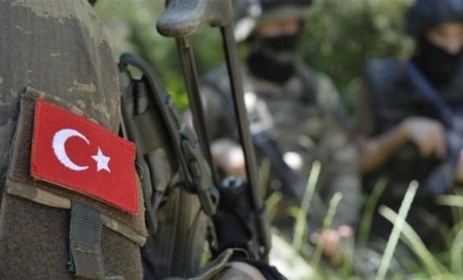 Hakkari'de çatışma! 1 asker hayatını kaybetti