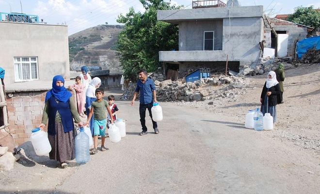 Yıllardır su sorunu yaşayan köylüler sorunlarına çözüm bekliyor