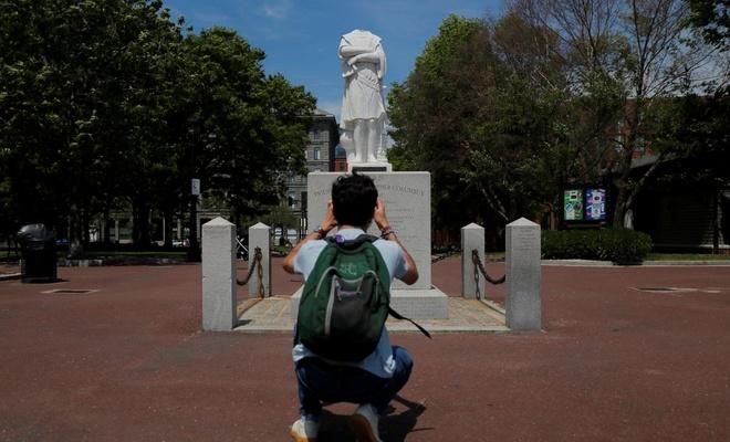 ABD'de Kristof Kolomb'un heykelinin kafasını kestiler