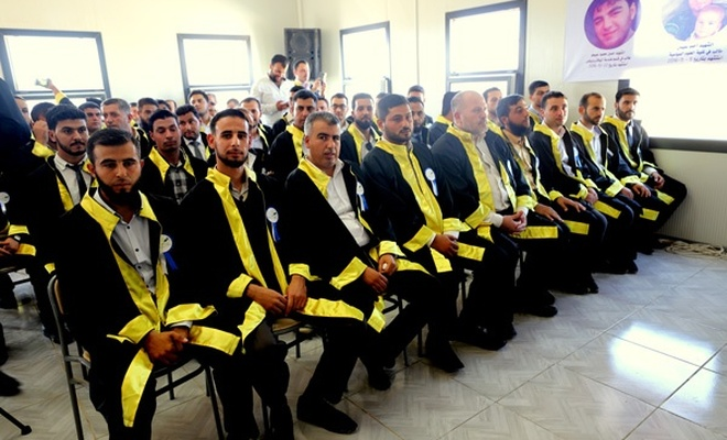 İHH Uluslararası Şam Üniversitesi ilk mezunlarını verdi