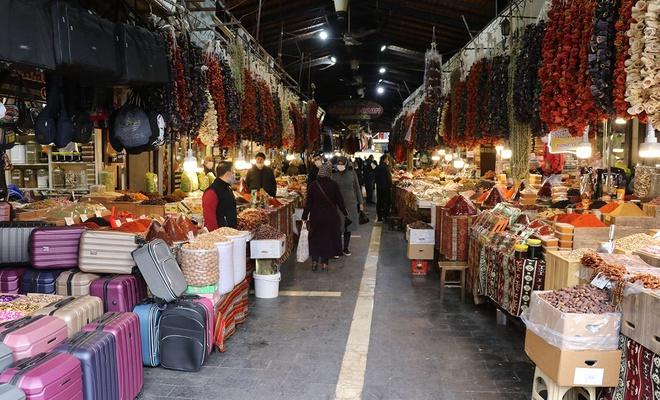 Küçük işletmelerin zincir marketler karşısında gücü tükeniyor