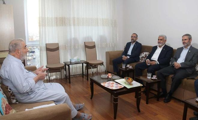 HÜDA PAR Genel Başkanı Sağlam'dan mütefekkir Halil'e ziyaret