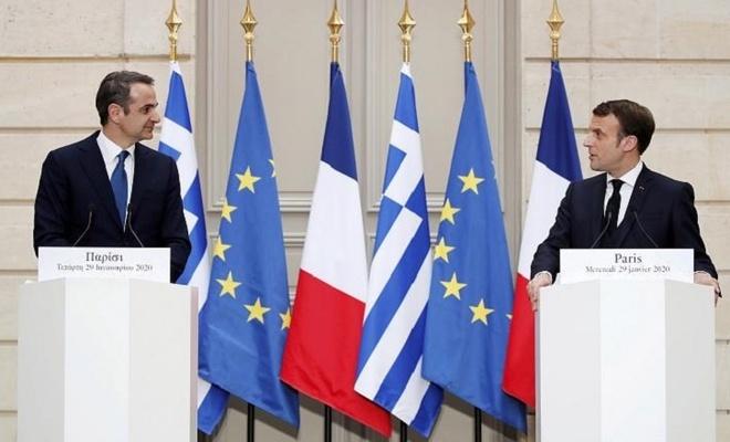 """Macron """"Yunanistan'a destek için"""" savaş gemileri gönderiyor"""