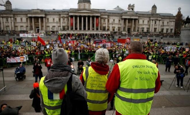 Londra`da `sarı yelek` gösterileri