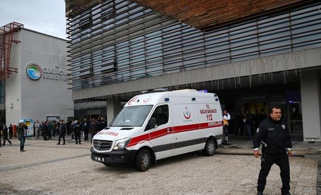 Belediyedeki saldırıda ölü ve yaralılar var