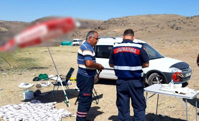 Kayseri'de kaçak balık avlayanlara ceza verildi