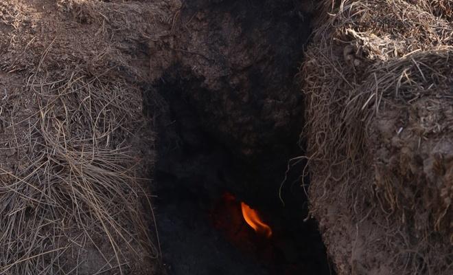 Göl kurudu...Toprağı da yanıyor!