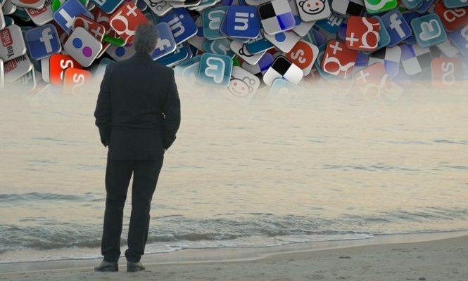 Sosyal medya, yalnızlık ve mutsuzluğa iter mi? Deney sonucu