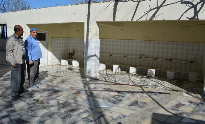 Aynı caminin muslukları 7`nci defa çalındı