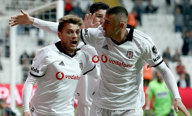 Beşiktaş Alanyaspor'a takılmadı