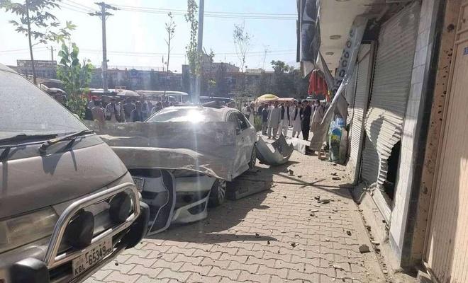 Taliban aracına saldırı: 3 ölü 20 yaralı