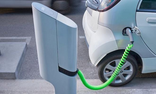 İki tüketiciden biri alternatif yakıtlı araç almaya hazır
