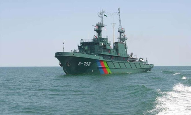 Azerbaycan donanması Hazar Denizi'nde askeri tatbikata başladı