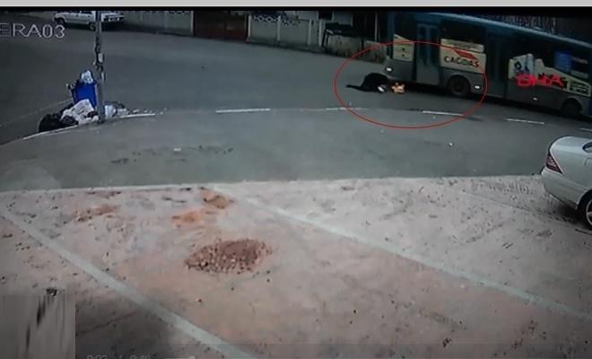 Otobüsten düşen 3 çocuk annesi kadın öldü