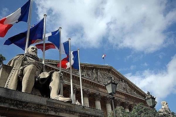 Fransızlar, Taliban Afganistan İslam Emirliği ile görüştü