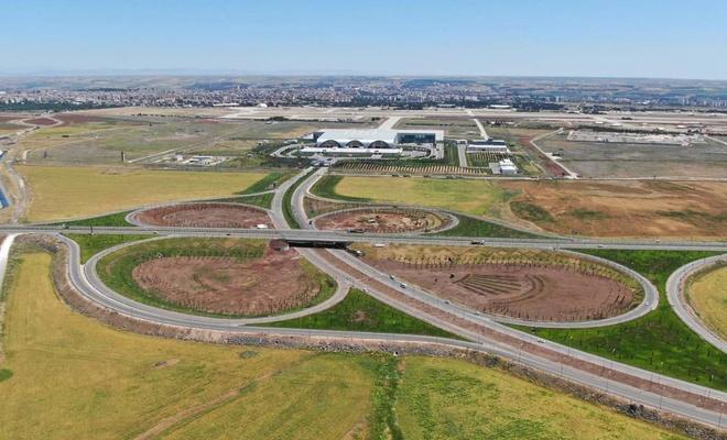 Diyarbakır Havalimanı Kavşağı'ndaki çevre düzenlemesinde sona yaklaşılıyor