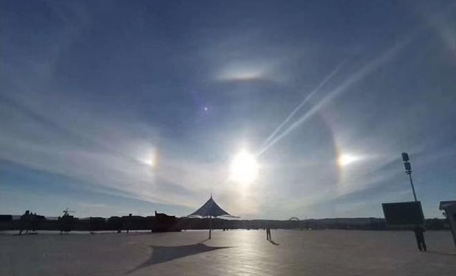 Çin'de gökyüzünde dört güneş belirdi!