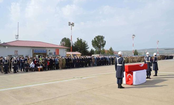 Jandarma Uzman Çavuş Erkan Erdem'in naaşı memleketine uğurlandı