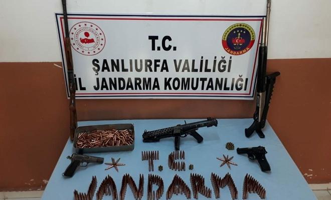 Şanlıurfa'da silah kaçakçılarına yönelik operasyonda silah ve mühimmat ele geçirildi