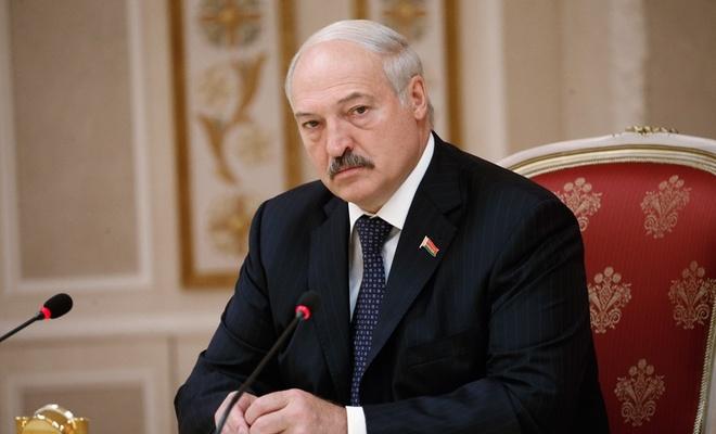 Lukaşenko'dan protestocuları uyarı: Kızları öne sürüp, aileleri tehdit etmeyin