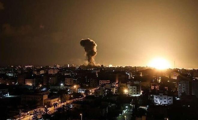 İşgalci siyonist uçakları Gazze'ye 150'den fazla hava saldırısı düzenledi