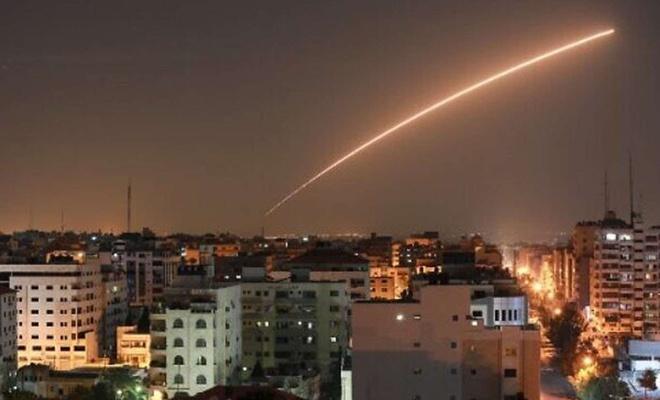 Gazze'den işgal altındaki topraklara roket atıldı: 2 yaralı