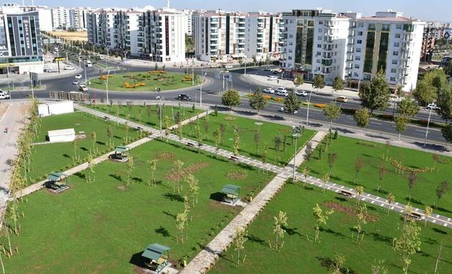 Bağlar Belediyesi bir parkı daha hizmete sundu