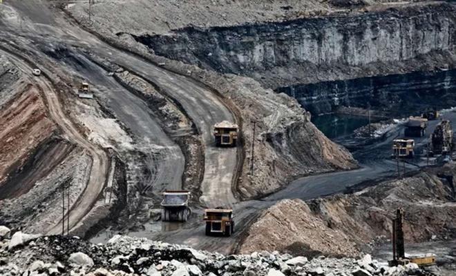 Rusya'da maden ocağında meydana gelen patlamada 3 kişi hayatını kaybetti