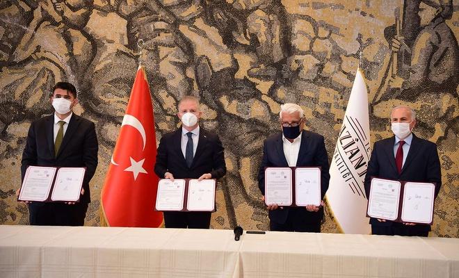 Türkiye Diyanet Vakfı'na ait öğrenci yurdu eğitime kazandırılıyor