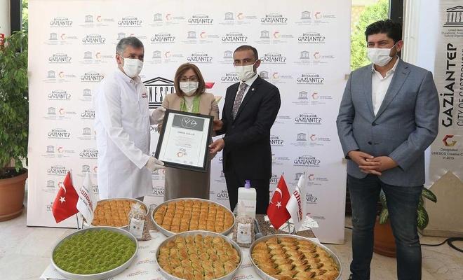 """Gaziantep'te baklavacılara """"Hijyen sertifikası"""" verildi"""