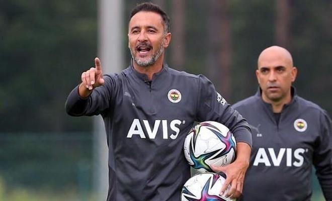 Pereira 5 futbolcuyu gönderiyor