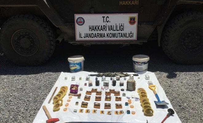 Hakkâri'de PKK'ye ait sığınak ve patlayıcı madde bulundu