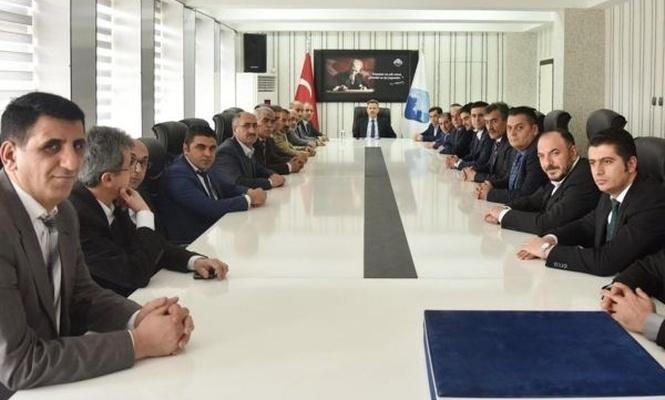 İran ile ticaret ve turizmin geliştirilmesi için bir kısım faaliyetler yapıyoruz